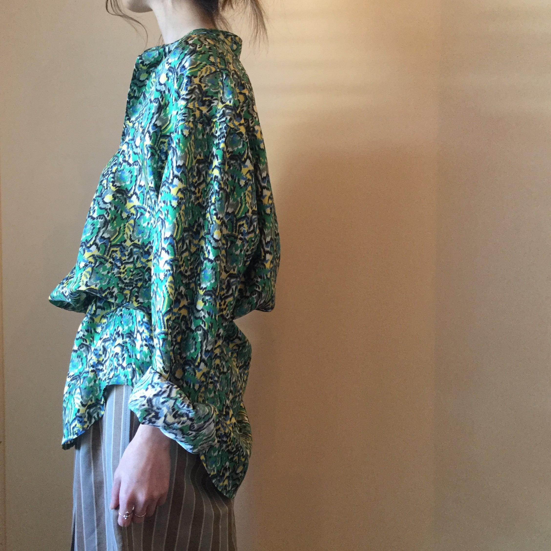 春夏BANANATIME(バナナタイム)のエアエイジおすすめのシルクシャツです