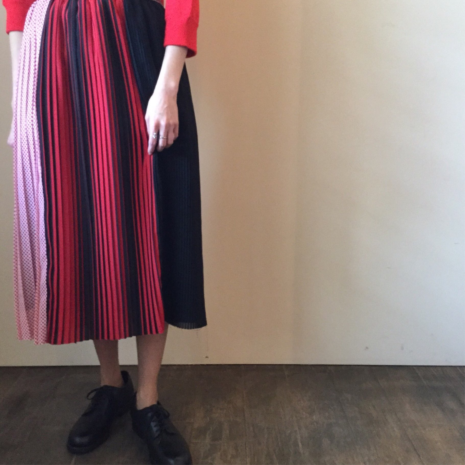 春夏NÒMA t.d.(ノーマ ティーディー)のプリーツスカートです
