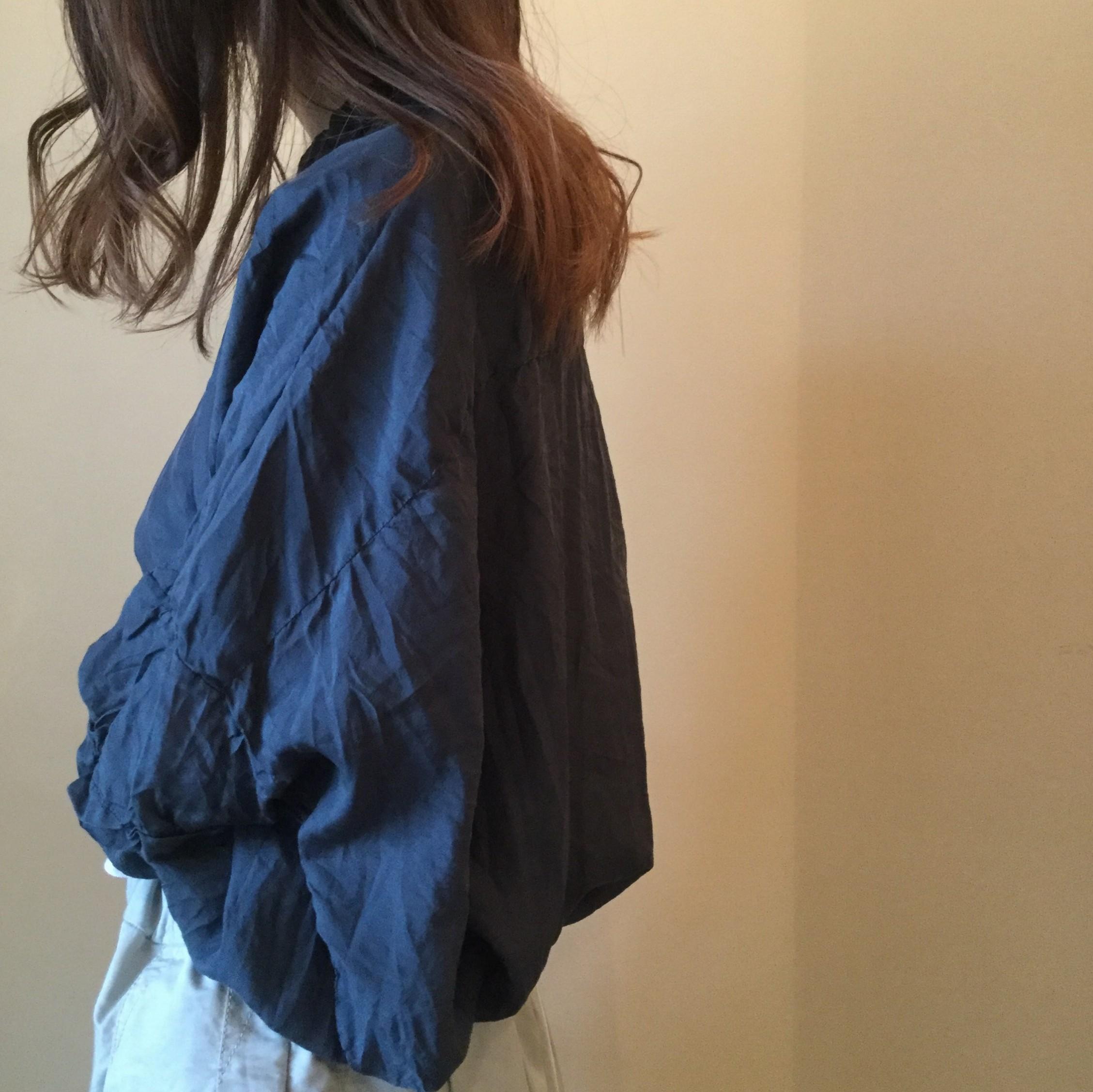 春夏caseycasey(ケーシーケーシー)のエアエイジおすすめのシルクシャツです